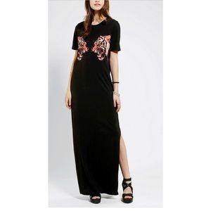 UO Silence + Noise Roaring Tiger Maxi Dress, S